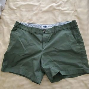Green Old Navy Everyday Shorts